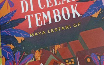 Negeri di Celah Tembok oleh Maya Lestari GF